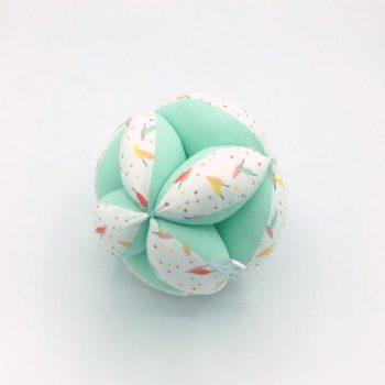 "Pelota ""Montessori"" Plumas mint"